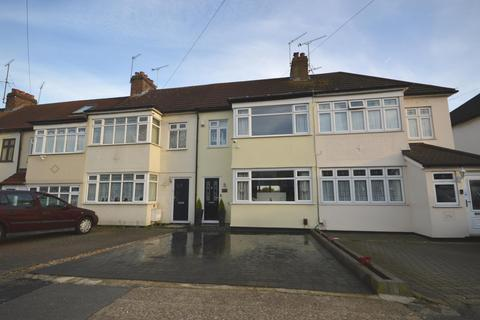 3 bedroom terraced house for sale - Havering Road, Rise Park, RM1