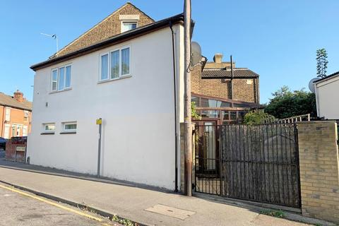 2 bedroom terraced house for sale - 52 Hedley Street, Maidstone, Kent