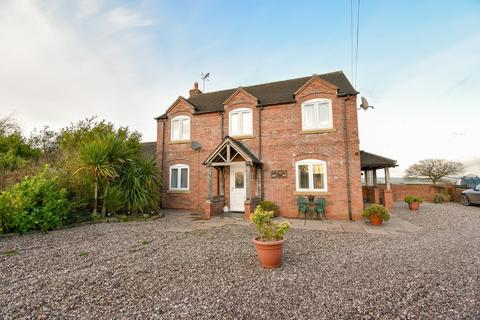 4 bedroom detached house for sale - Hill Lane, Leigh, Stoke-on-Trent