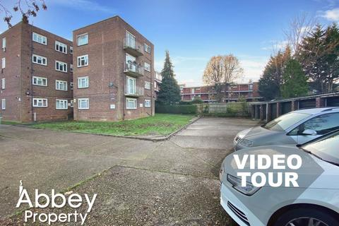 2 bedroom flat to rent - Brook Street | Near Wardown Park & Town Centre | LU3 1DT