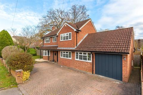 4 bedroom detached house for sale - The Broadway, Sandhurst, Berkshire, GU47
