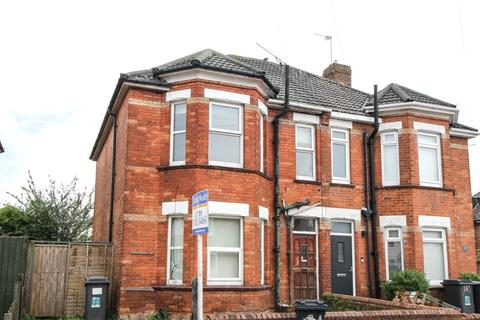 4 bedroom semi-detached house to rent - Shelbourne Road, Bournemouth, BH8