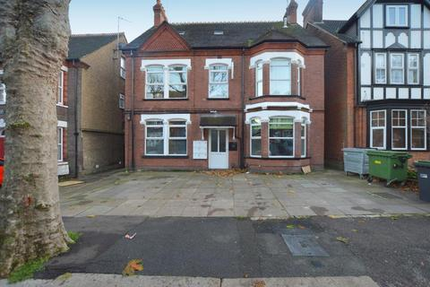 Studio for sale - Studley Road, New Bedford Road Area, Luton, Bedfordshire, LU3 1BB