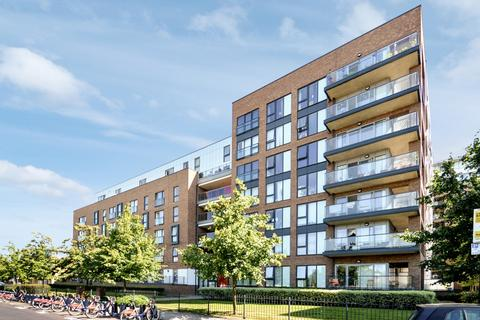 3 bedroom flat to rent - Lucienne Court, Poplar E14