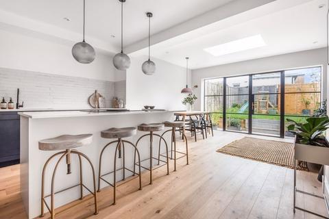 3 bedroom semi-detached house for sale - Forest Road, Tunbridge Wells