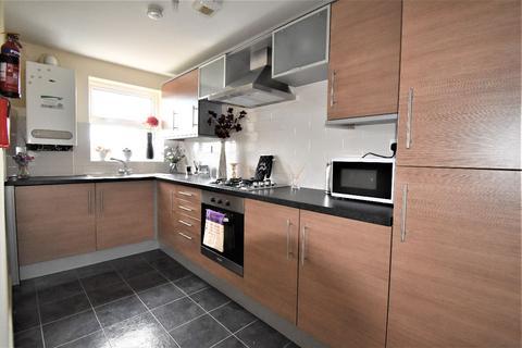 3 bedroom flat to rent - 343a Glossop Road