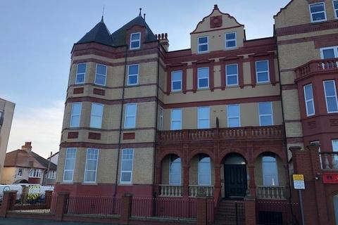2 bedroom apartment to rent - Palace Apartments, West Parade