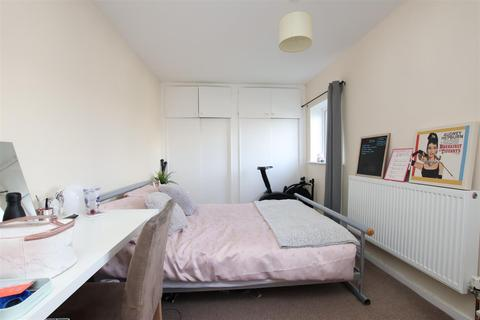 4 bedroom house to rent - Freeview Road, Bath, BA2