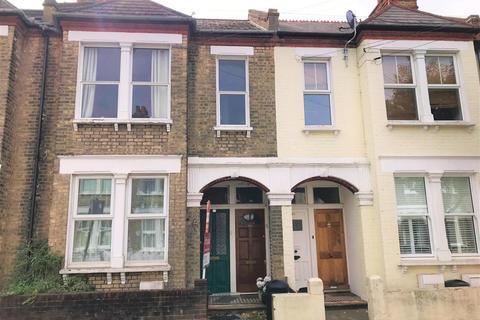 2 bedroom flat to rent - 15 Loubet StreetTootingLONDON