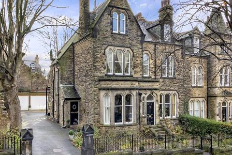 3 bedroom apartment - The Steyne, Harrogate, North Yorkshire