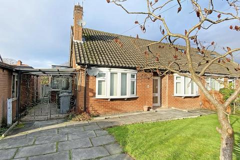 2 bedroom bungalow for sale - Thorndale Grove, Timperley, Cheshire