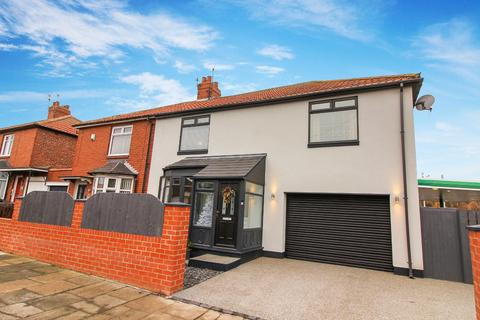 4 bedroom semi-detached house for sale - Kings Road North, Wallsend