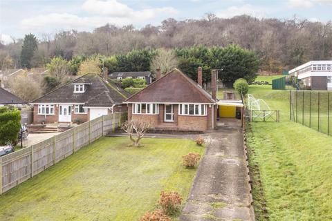 3 bedroom detached bungalow for sale - Kingsmead Road, Loudwater