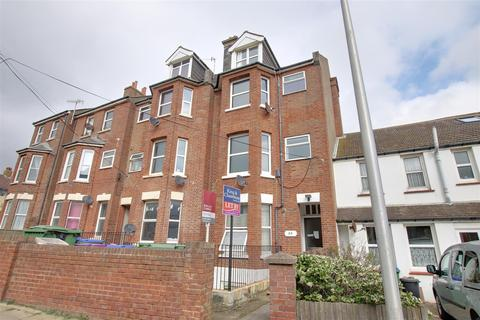 2 bedroom flat to rent - 20 Claremont Road, Seaford