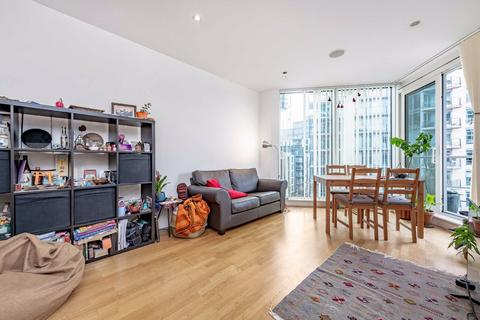 2 bedroom flat to rent - Kingfisher House, London, London, SW18
