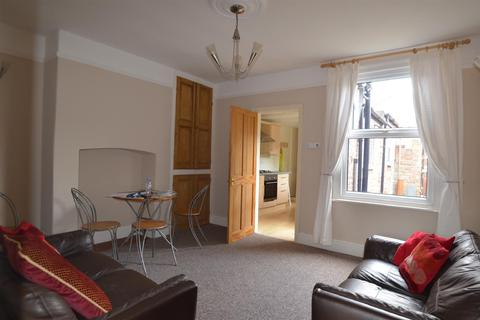 3 bedroom private hall to rent - 7 Falsgrave Crescent York