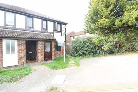 1 bedroom maisonette - Coverdale, Legrave - Ref:P1698  - NOW LET