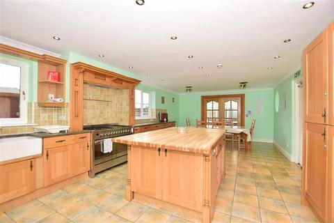 5 bedroom detached house for sale - Grayling Court, Sittingbourne, Kent