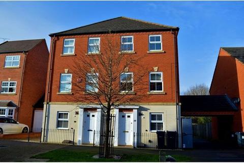 4 bedroom semi-detached house - Brandwood Crescent, Birmingham