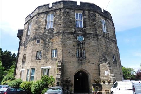 1 bedroom flat to rent - Castle Court, ., Morpeth, Northumberland, NE61 1YJ