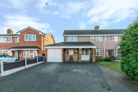 3 bedroom semi-detached house for sale - Simpson Road, Lichfield