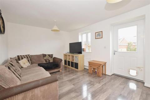 2 bedroom semi-detached house for sale - Hawthorne Gardens, Hambrook, Chichester, West Sussex