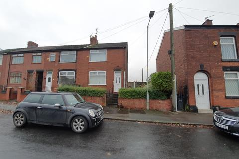 2 bedroom semi-detached house to rent - Garlick Street, Manchester, M18