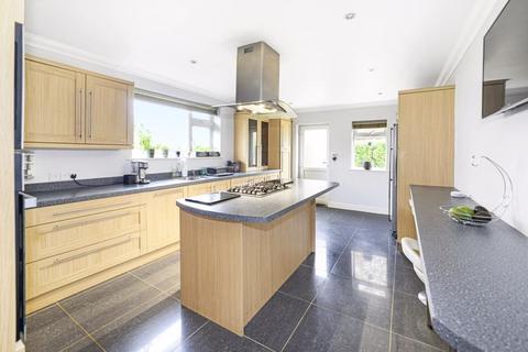 4 bedroom chalet for sale - Albert Road, Corfe Mullen, BH21