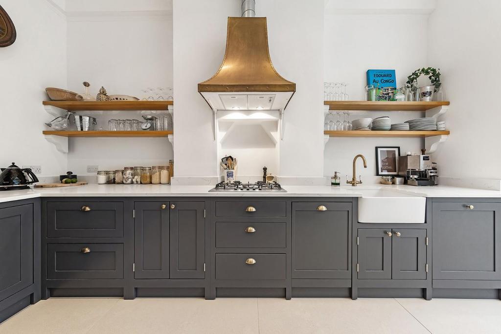 Open Plan Kitchen (2).jpg