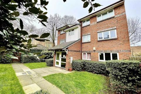 1 bedroom flat for sale - Red Lion Lane, Shooters Hill, London, SE18