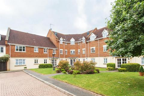 2 bedroom flat to rent - Forest Drive, Theydon Bois, Epping, Essex