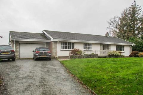 3 bedroom detached bungalow to rent - Franksbridge, Llandrindod Wells, LD1