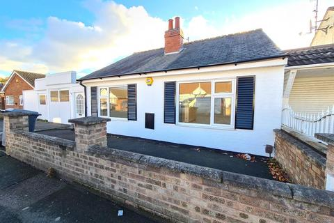 3 bedroom bungalow to rent - Hardys Avenue, Leicester