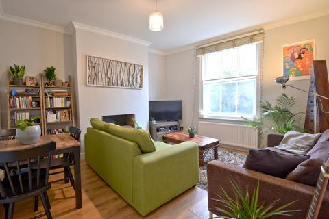 1 bedroom flat - Somerset House, Dartmouth Park Hill, Dartmouth Park, London NW5