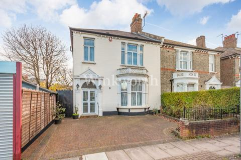 4 bedroom terraced house for sale - The Avenue, London, N8