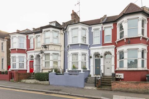 3 bedroom apartment to rent - Wightman Road, Harringay, N8