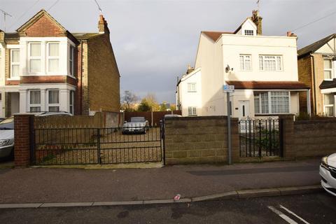 4 bedroom detached house for sale - Franklin Road, Gillingham