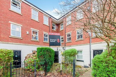 1 bedroom ground floor flat - Mansion Gate Square, Leeds, LS7