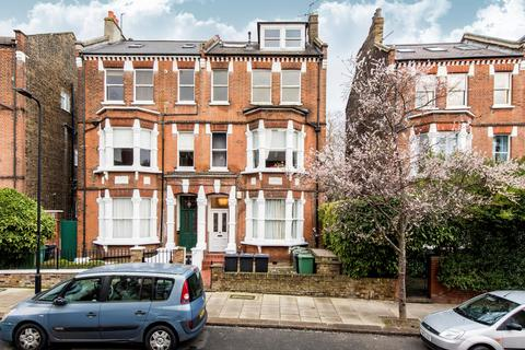 3 bedroom flat for sale - Savernake Road, London, NW3