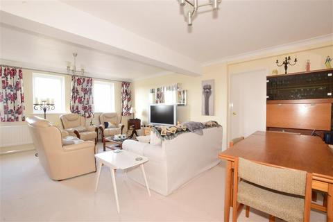 3 bedroom apartment for sale - Spring Gardens, Emsworth, Hampshire