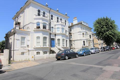 2 bedroom apartment to rent - St Aubyns, Hove BN3