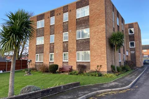 2 bedroom flat for sale - Flat , Ashley Court,  Knightsdale Road, Weymouth