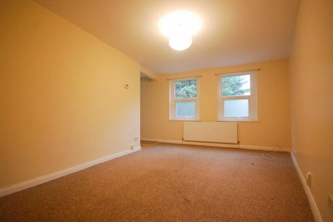 1 bedroom flat to rent - Cann hall Road, Leytonstone
