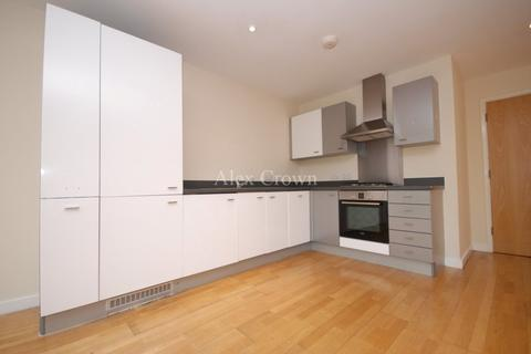 2 bedroom apartment to rent - Palace Road, Bounds Green