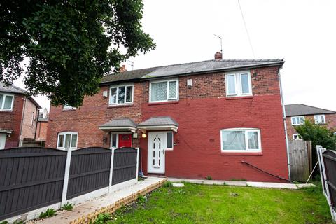 3 bedroom semi-detached house to rent - Whitsbury Avenue, Manchester, M18