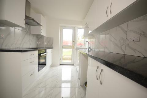 3 bedroom semi-detached house to rent - Anvil Close Southwater RH13