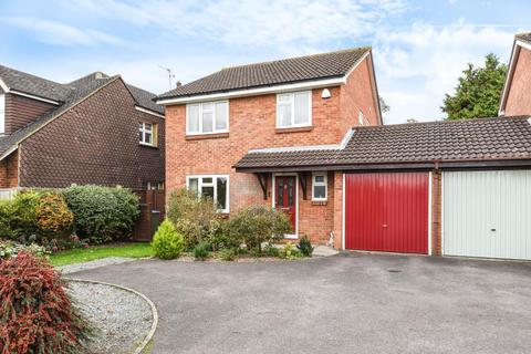 4 bedroom detached house for sale - Mandeville Road,  Aylesbury,  HP21