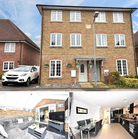 4 bedroom semi-detached house for sale - Patterson Court, Wooburn Green, HP10