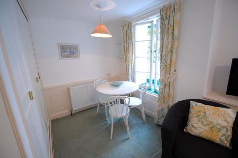 Studio to rent - Craven Hill Gardens, Paddington, London, W2