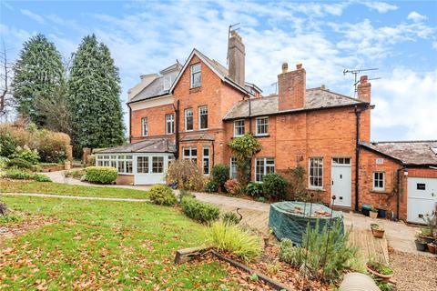 6 bedroom semi-detached house for sale - St. Aubyns Park, Tiverton, EX16